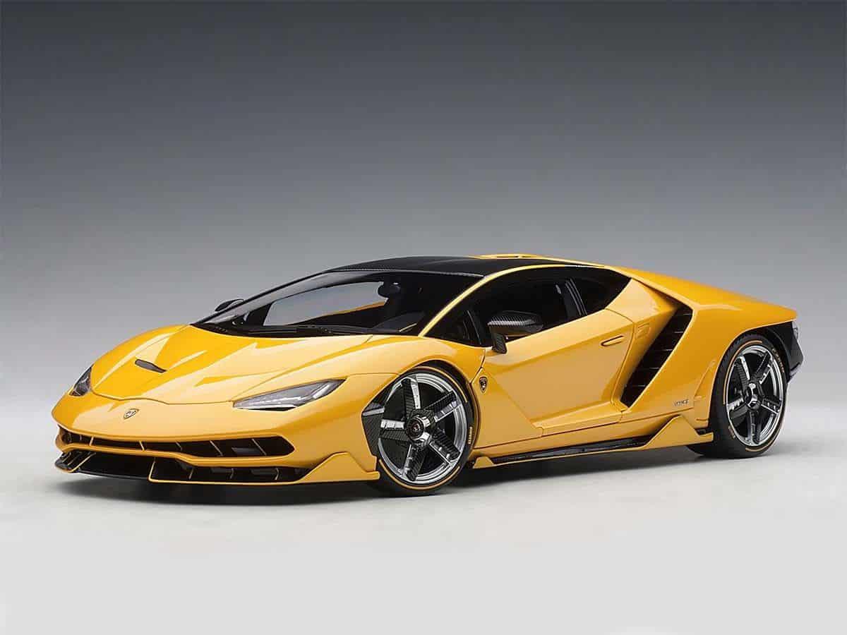 Lamborghini Centenario Lp770 4 1 18 Autoart 79115 Modelkars